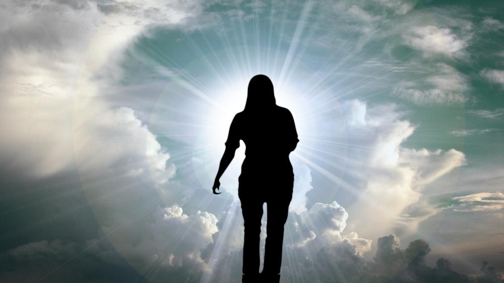 Бог верит в человека..