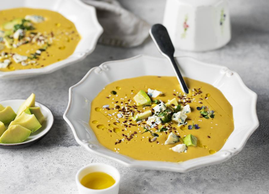 Тыквенный суп-пюре с авокадо и дор блю