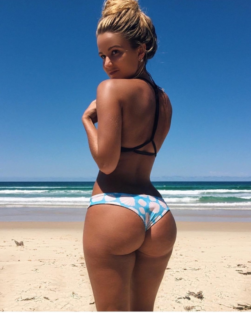 Women with big butts are healthier smarter than their petite counterparts