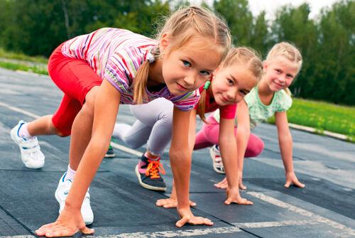 В каком из беговых видов легкой атлетики, его участники преодолевают наибольшую по протяженности дистанцию?