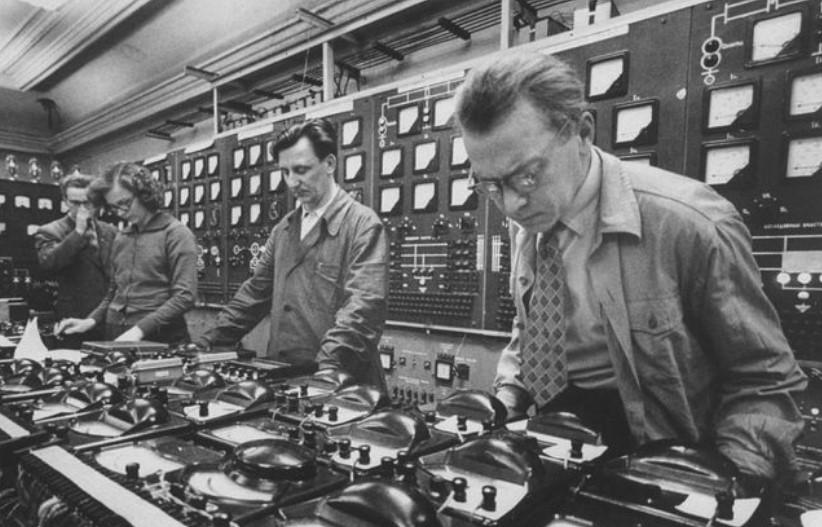 Советский учёный-физик, участник Великой Отечественной войны, лауреат Нобелевской премии