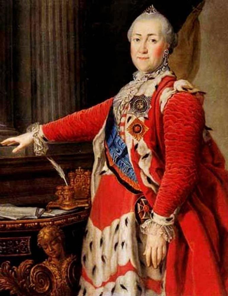 Число крепостных к концу правления Екатерины II значительно выросло, так как: