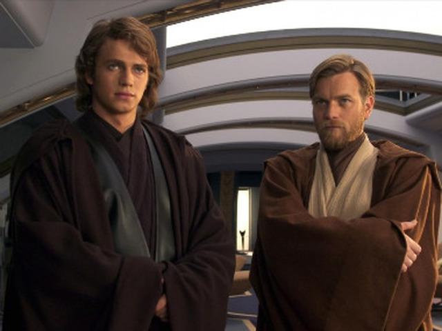 На какой планете жил отшельником мастер Йода?После рождения близнецов Люка и Леи Йода отправился в добровольное изгнание на одну из пустынных планет, где терпеливо ждал появления новой надежды.