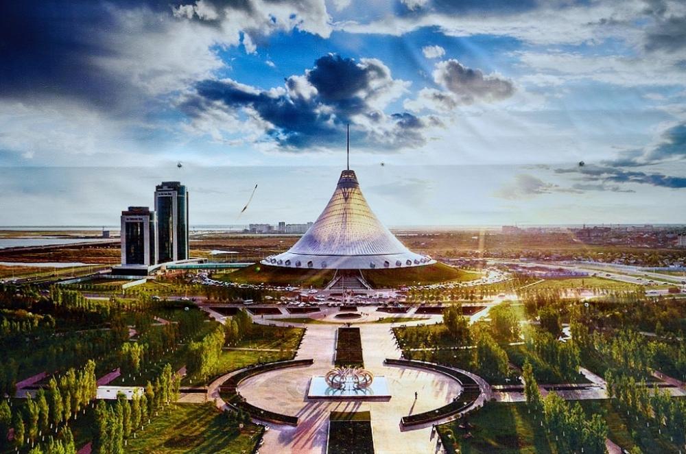 Какое место среди стран СНГ занимает Казахстан по запасам фосфоритов?