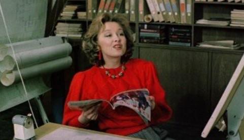 Какой журнал регулярно изучала коллега Нади — Люся Виноградова?