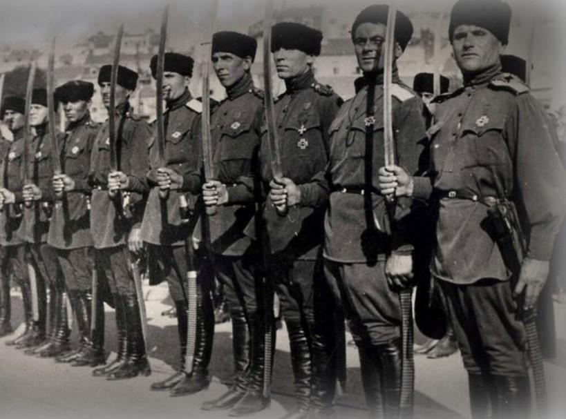Операция Красной Армии по разгрому войск барона П.Н. Врангеля в Крыму осенью 1920 года была проведена под командованием